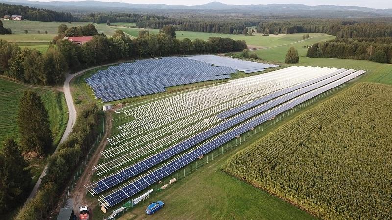 Sončna elektrarna je sestavljena iz sončnih celic