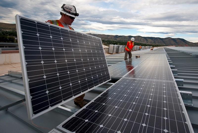 Sončne panele lahko med seboj povežemo